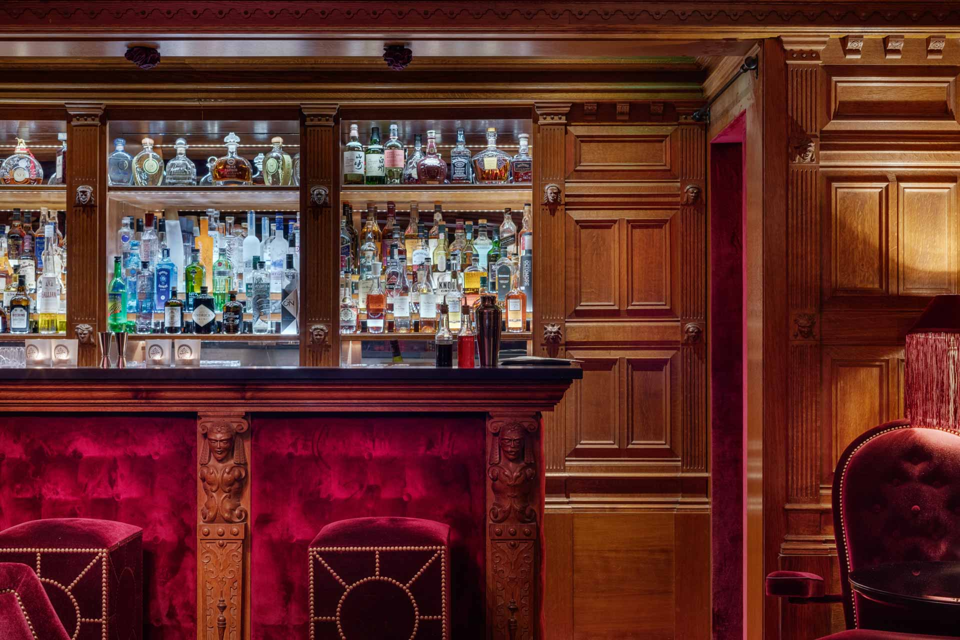 View on the bar of luxury boutique Hotel Maison Souquet