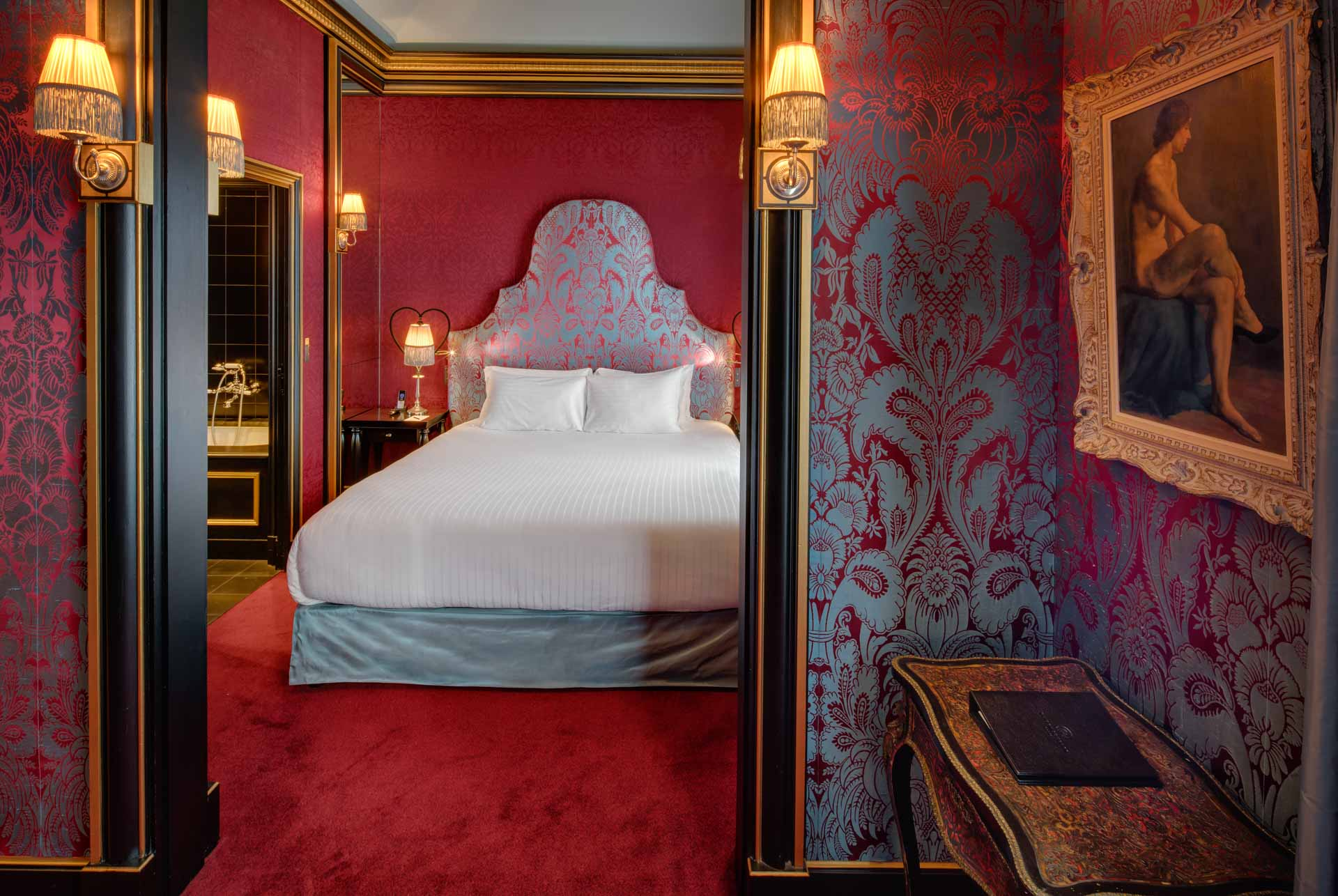 Luxury boutique hotel maison souquet paris jan prerovsky for Maison paris