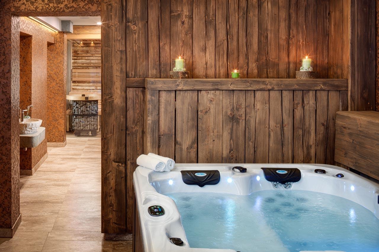 Dvur Pecinov - Hotel and Wellness