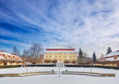 Dvur Pecinov – Hotel and wellness