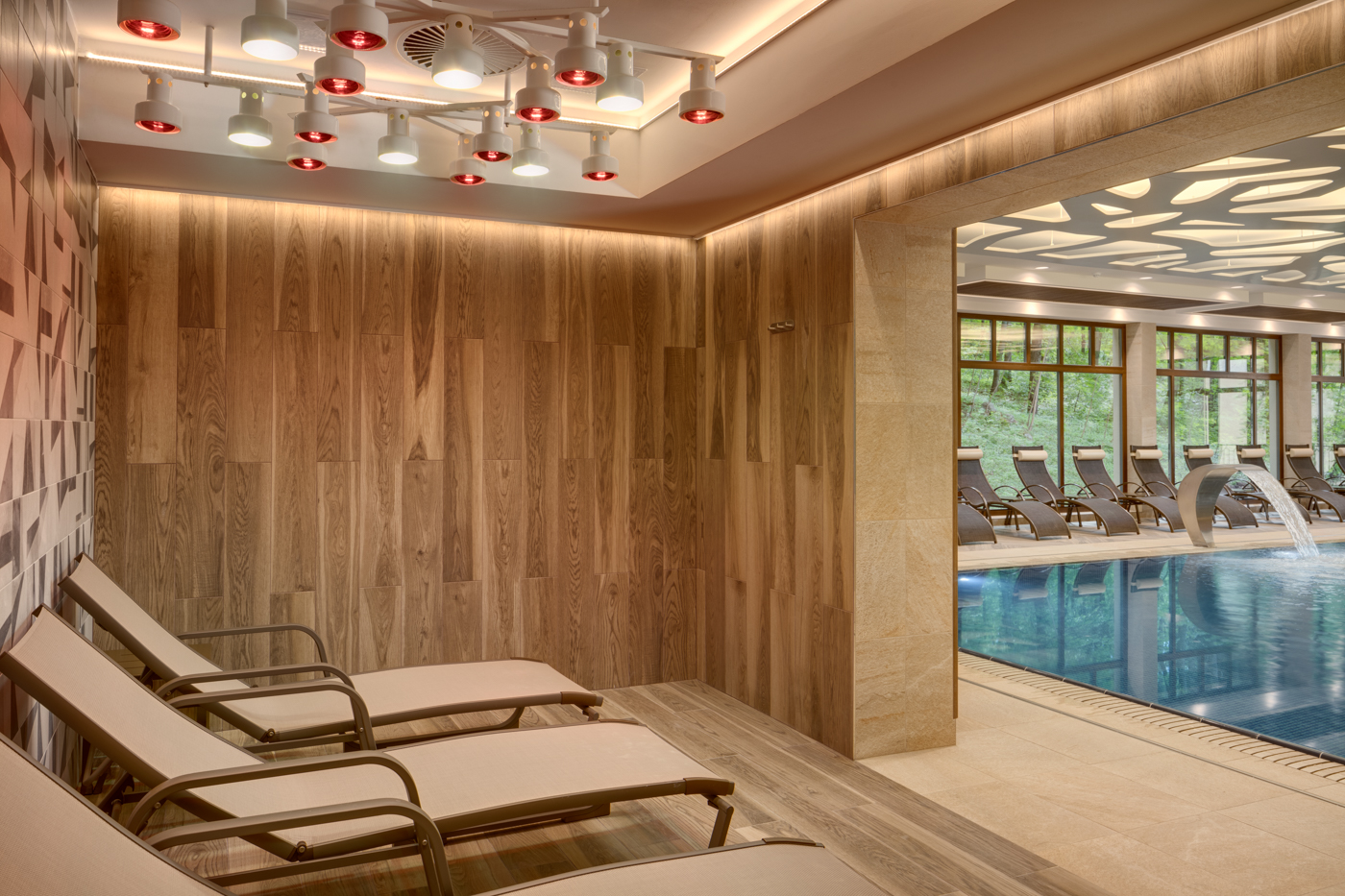 A indoor swimming pool at Ensana Health Spa Resort in Marianske Lazne